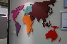 bryły ze styroduru – mapa świata